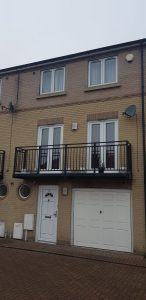 3 bed townhouse in Greenhithe, Kent.